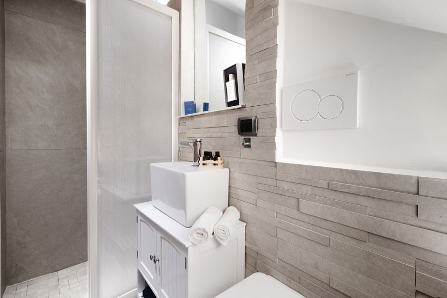 Bath Room in Lliving Room